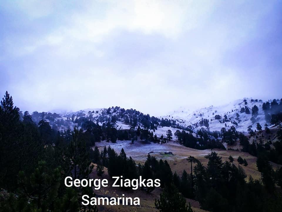 Το πρώτο χιόνι πιάνω από την Σαμαρινα – Φωτο Γιώργος Ζιαγκας.